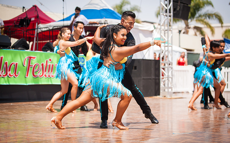 Oxnard_Salsa_Festival_Dance_Group_4_Thumb